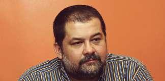 Сергей Лукьяненко: «Жена согласилась делить меня с моими книгами»