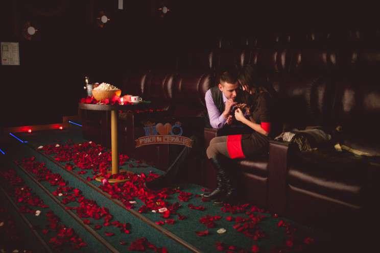 Что нужно сделать, чтобы мужчина пригласил вас в кино?